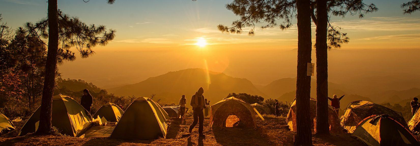 camping-4303357_1920